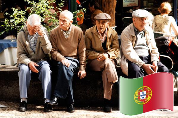 Как пенсионеру получить ВНЖ в Португалии
