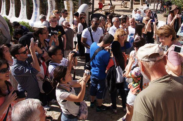 Туристы в Барселоне